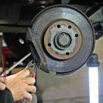 POSAO MEHANIČAR – 2000 DOLARA PLATA – Potrebni mehaničari za kamione u Kuvajtu – PLAĆENA AVIONSKA KARTA