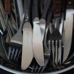 POSAO NEMACKA – HITNO potreban POMOĆNI RADNIK u kuhinji – PRANJE SUĐA !!!