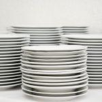 EU POSLOVI – POSAO POMOĆNI RADNIK U KUHINJI – Čišćenje ribe, pripremanje salata, pranje posuđa